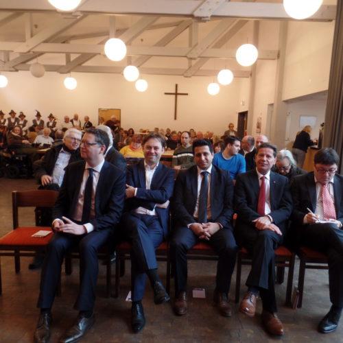 von links: Thorsten Schäfer-Gümbel, SPD-Bundestagsabgordneter Jens Zimmermann, Bürgermeister von Heusenstamm Halil Öztas, Landtagsabgeordneter Corrado di Benedetto, Kreisbeigeordneter und SPD-Kreisvorsitzender Carsten Müller