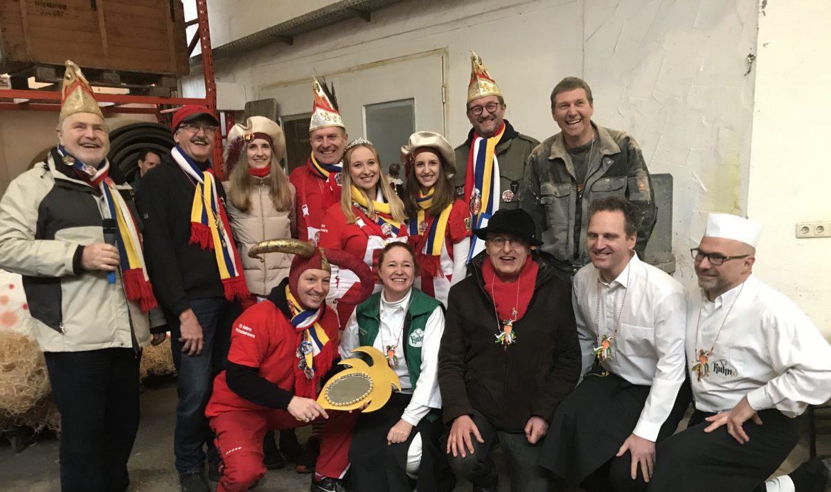 Heimatbundvorsitz Biegel, Prinzenpaar und Gefolge, Wagenbauerordensträger Stenger, SPD-Vorsitz Stoll